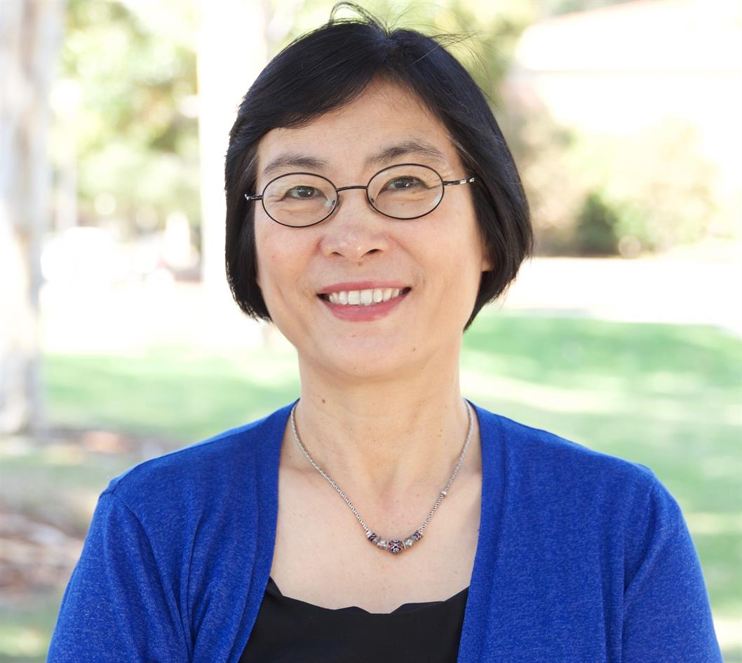 """Lecture: """"Cross-Space Consumption and Social Status Consumption: Socioeconomically Disadvantaged Chinese Immigrants in the United States"""""""
