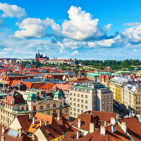 "Summer Internship Abroad, ""Czech Republic - Business & Communication"""