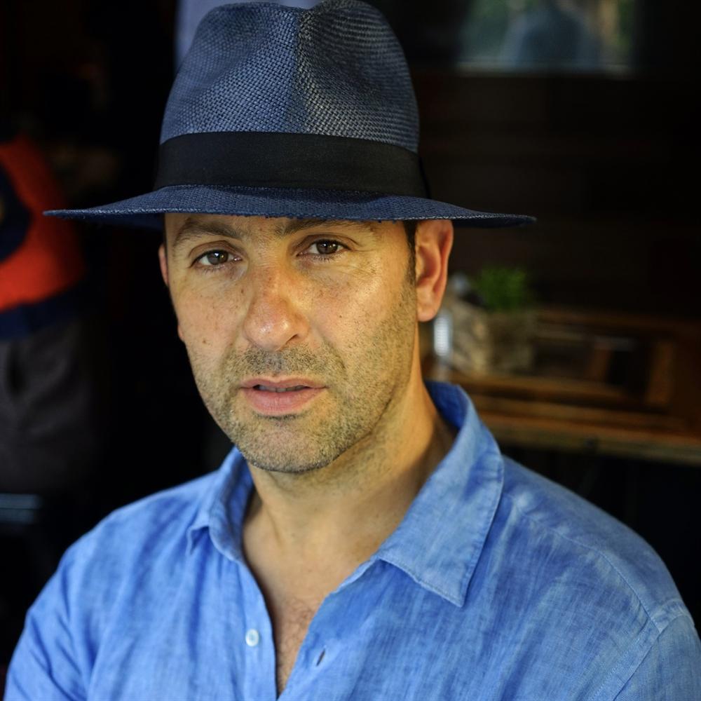 Multidisciplinary Author Mauro Aprile Zanetti Presents